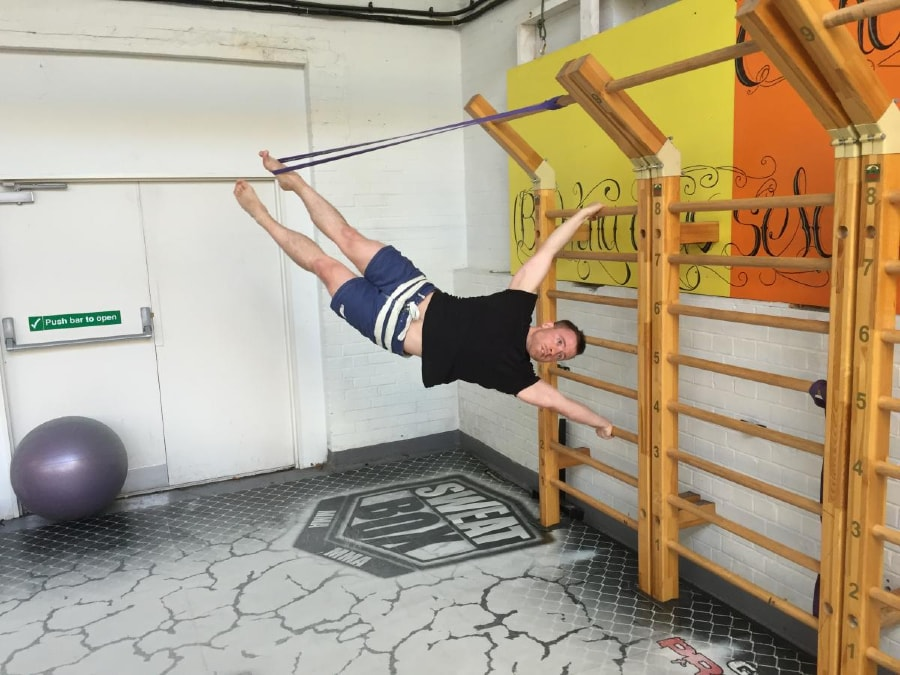 Resistance Band Human Flag 2 of 3