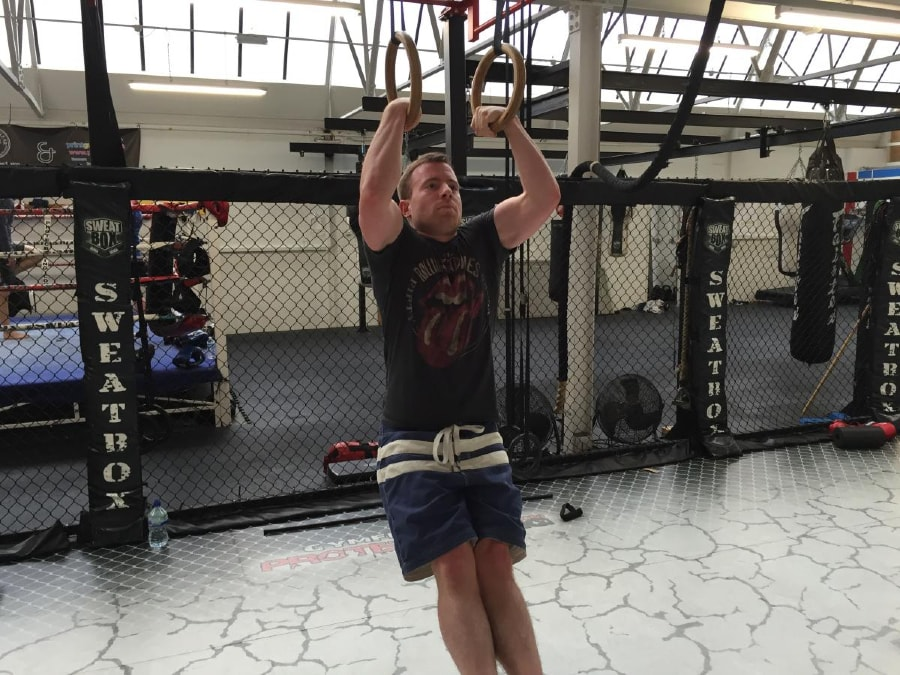 Ring Muscle-Up 1 of 4-min