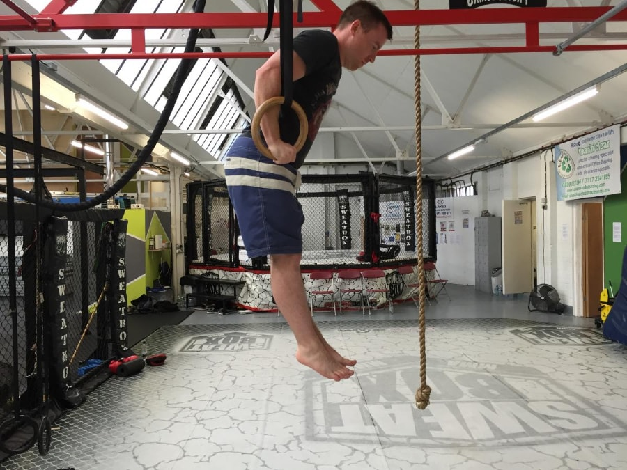 Ring Muscle-Up 3 of 4-min
