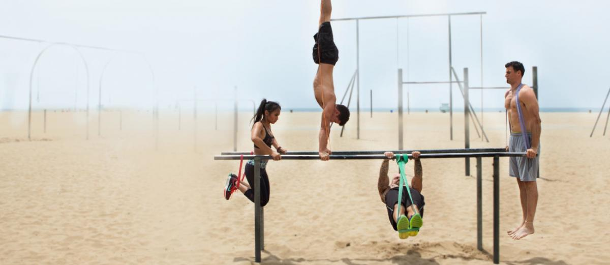 Rubberbanditz Crossfit / Calisthenics Bands. Image via rubberbanditz.com