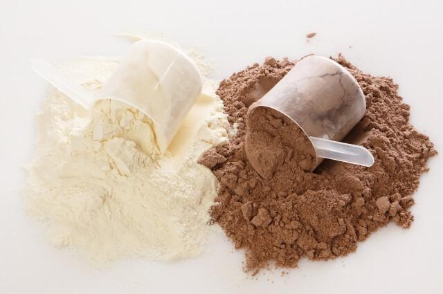 Vanilla and chocolate whey powder