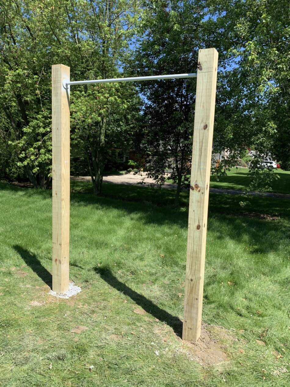 DIY pull-up bar - completed photo