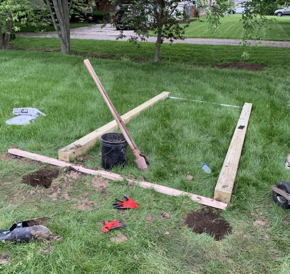 DIY pull-up bar - digging the holes